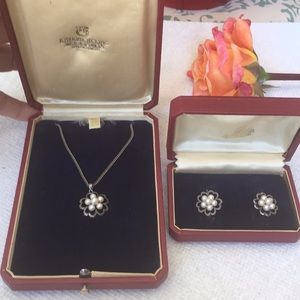 MIKIMOTO Pearl Cluster Necklace & Earring Set
